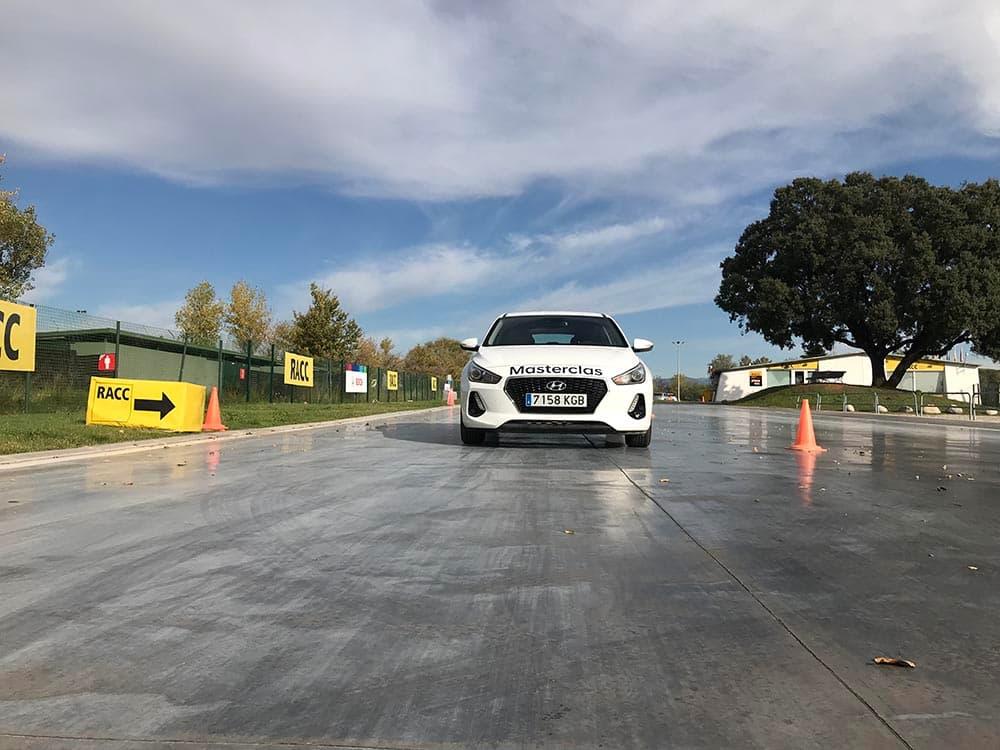 coche blanco para masterclas